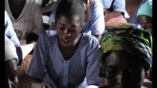 preview picture of video 'DOCUMENTAIRE AFRIQUE AFRICA : Aide et Action Togo, parrainage d'enfants (www.videaste.eu)'