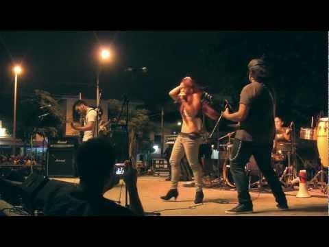 The Mistress - Red Wine Porcupine (En vivo Fiesta de la Música 2012) HD