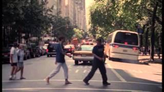 Acda en de Munnik - Laat me slapen (videoclip)