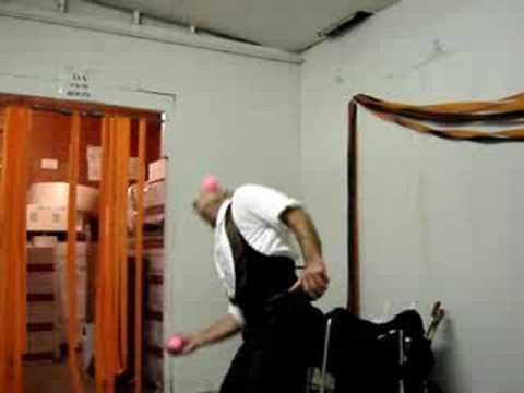 Prawdopodobnie najlepszy żongler na świecie