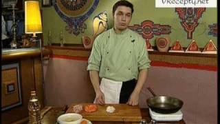 Смотреть онлайн Гороховый суп: рецепт с копчеными ребрышками