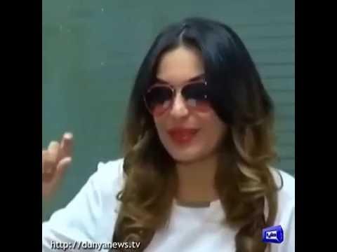 Meera's advice to Imran Khan, Nawaz Sharif