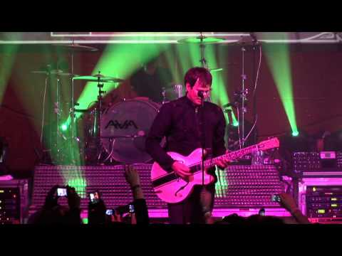 """Angels & Airwaves """"It Hurts"""" Live At Guitar Center's 19th Annual Drum-Off (2007)"""