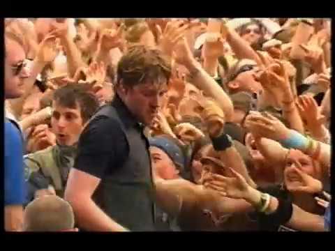Kaiser Chiefs - Oh My God (Glastonbury 2005)