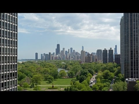 A full-service high-rise where Lincoln Park meets Lakeview East