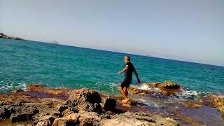 2._ how to live 150 years in health ! : Jogging in cold deep sea winter time