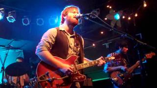 Dan Auerbach- When the Night Comes (Live)