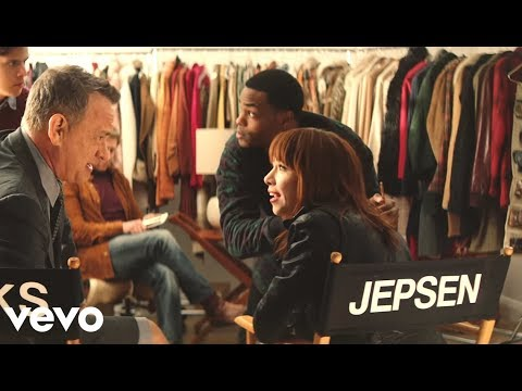 remember the call me maybe girl carly rae jepsen her i really really like you video is 3 minutes of tom hanks lip syncing to her music