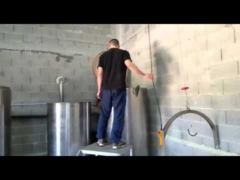Dalmatian Sage distillation