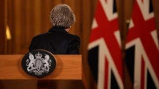 Отставки министров, недовольство народа и проблемы на границах: с чем Британия подходит к Брэкзиту?