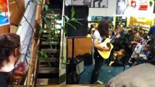 Kurt Vile - Peeping Tomboy Live (11-05-10)