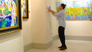 SNEAKING MY CRAPPY PAINTING INTO AN ART GALLERY!