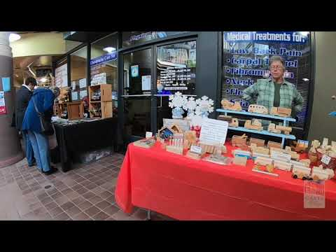 Holiday Craft Show in Caste Village Commons 2018