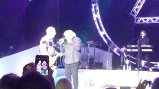 Lou Gramm Reunion with Foreigner - Long Long Way From Home - Jones Beach