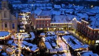 preview picture of video 'Barock - Weihnachtsmarkt Ludwigsburg (von oben)'
