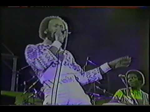Earth Wind and Fire - Can't Let Go    Live 1980 Brazil