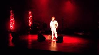 "Leo Cavalcanti canta ""Domingo 23"", de Jorge Benjor"