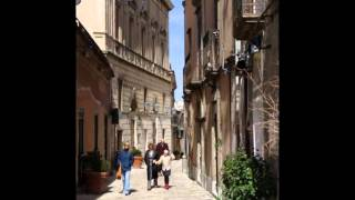 preview picture of video 'Erice, città medievale. Meraviglia della provincia di Trapani.'