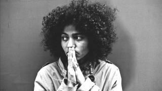 Nneka - LiveGian