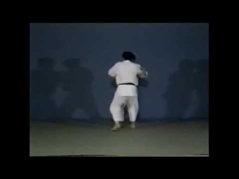 Judo - Soto-makikomi
