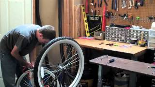 Changing a Bicycle Tube and Tire - Beachbikes.com