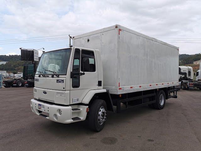 Vídeo do caminhão Cargo 1521 4x2