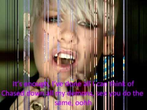 p!nk f**kin perfect lyrics