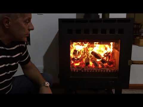 Estufa salamandra de doble combustión (explicada, funcionando, vista interior) - Daniel Tiberti