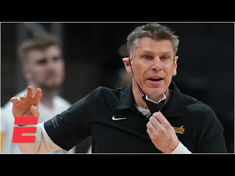 Should Loyola-Chicago head coach Porter Moser stay with the Ramblers after another run? | KJZ