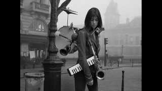 Just Like A Woman - Charlotte Gainsbourg (Bob Dylan)