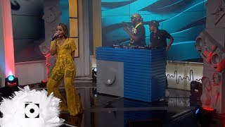 Sha Sha Performs 'Tender Love' With DJ Maphorisa And Kabza De Small   Massive Music | Channel O