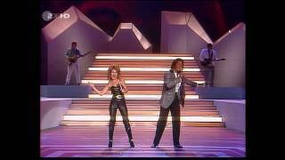 Jermaine Jackson & Pia Zadora - When the Rain Begins to Fall (ZDF HD 1985)