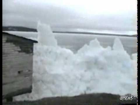 גלי הים קופאים - תופעת טבע יוצאת דופן!