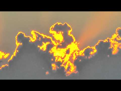 עננים עולים באש - יפהיפה!