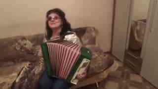 Поёт Людмила Якушева   Голубева называют меня некрасивою
