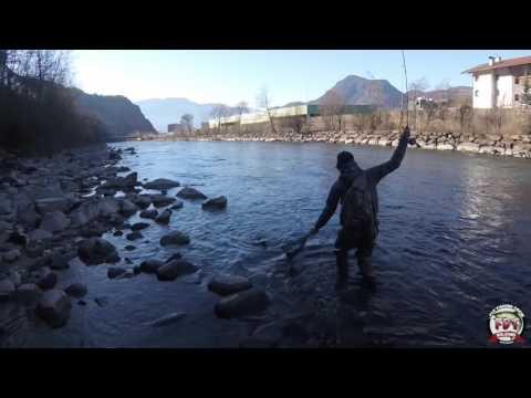 Zimniya che pesca nella regione DOmsk