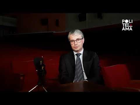 Voci in platea | PoliteAma In/between, intervista a Davide Galimberti