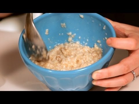 DIY: Make Your Own Oatmeal Face Mask