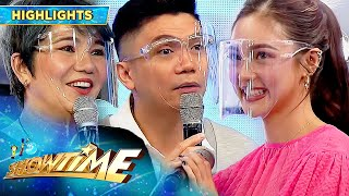 Kim Chiu is touched by Tyang Amy and Vhong's birthday message for her | It's Showtime