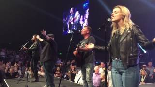 Chris Tomlin - Good Good Father - Worship Night in America
