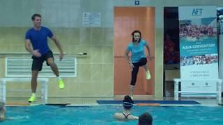 Смотреть онлайн Упражнения по аквааэробике для мужчин