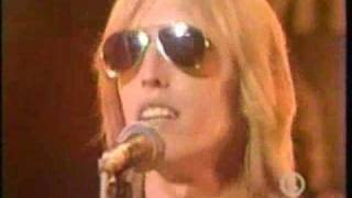 Tom Petty and The Heartbreakers - Listen to Her Heart