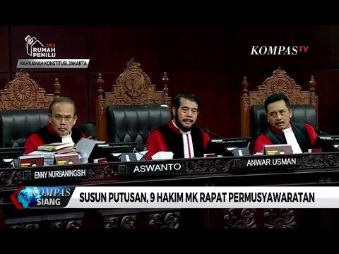 Hakim MK Rapat Permusyawaratan Bahas Gugatan Prabowo-Sandiaga