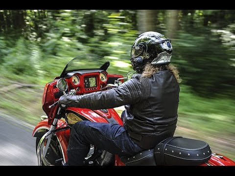 2017 Indian Chieftain & Roadmaster First Ride Review Video