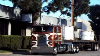 1984 Freightliner Cabover 8v92 Detroit Diesel Shifting Sound