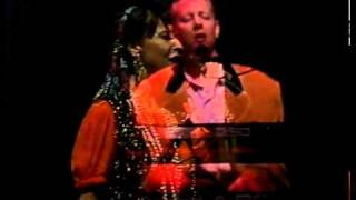 Joe Jackson & Mindy Jostyn - It's different for girls - Live in Sydney, 1991 (2 of 17)