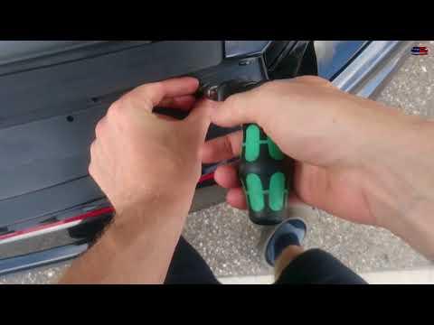 Golf VII GTI Grill ausbauen