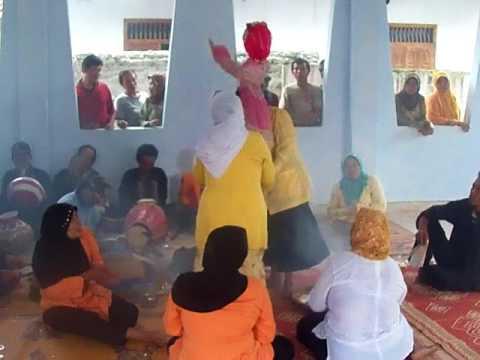 Video BRENDUNG PEMALANG......Mainan tradisioal khas Pemalang yang bernuansa mistis