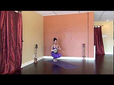 30 min. Creative Cardio Vinyasa Yoga Flow