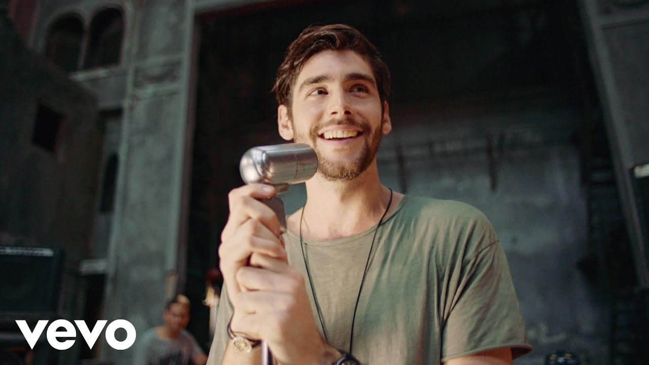 """Sofia"" ★ Alvaro Soler Official Video"